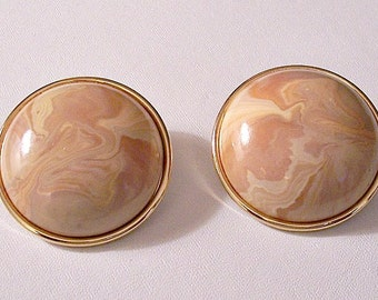 Marbled Beige Tan Pierced Earrings Gold Tone Vintage Large Round Domed Buttons