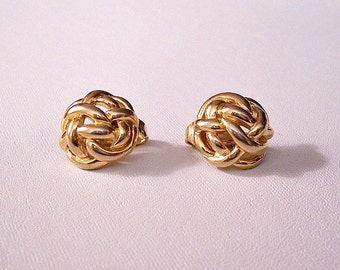 Trifari Tied Knot Clip On Earrings Gold Tone Vintage Open Weaved Ribbed Bands Round Domed Buttons