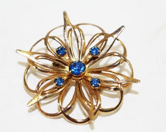 Vintage Brooch Pin, Blue Rhinestone, Gold Star Flower    -    M