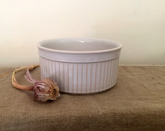 Vintage T G GREEN English Ironstone Bowl / Mixing bowl. My white vintage home / vintage decor