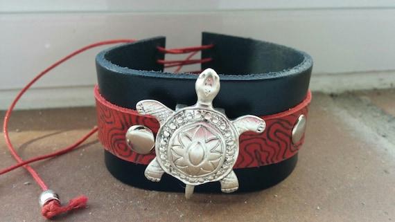Turle cuff,leather cuff,black cuff,red cuff,turtle leather cuff,tortoise cuff,leather animal cuff,animal cuff,reptile cuff,reptile bracelet
