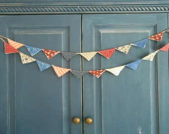 4th of July Patriotic Mini- Banner/ 4th of July  Banner/ Labor Day  / Party Garland/ Photo Prop in Vintage Red, White and Blue /Labor Day