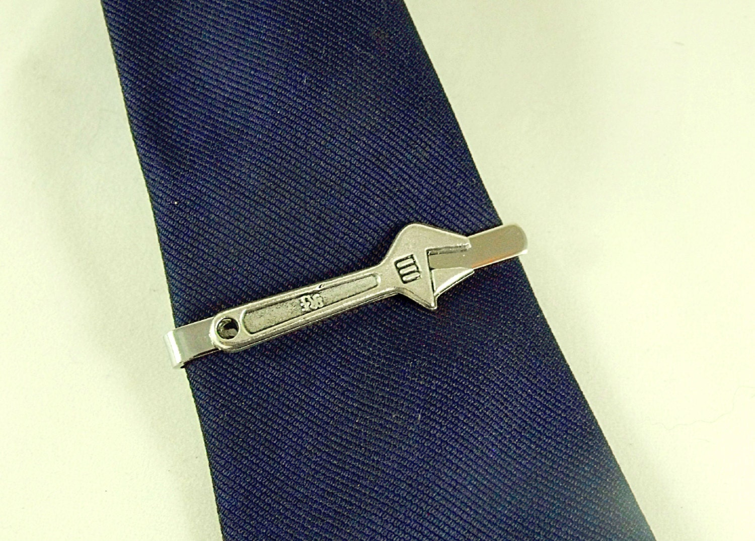 Wrench Clip Wrench Tie Clip