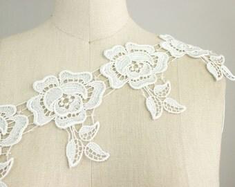 Rosa Off White Victorian Large Rose Fringe Venice Lace Trim / Wedding Dress / Bridal Lace / Lace Jewelry / Appliques