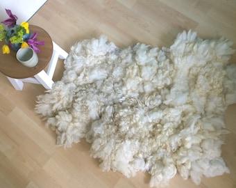 Audrey – Ivory felted fleece rug, felted wool rug, sheepskin rug, felt eco skin, Dutch design rug