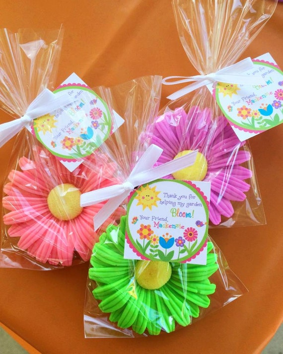 Flowers For Bridal Shower Favors : Daisy soaps favors bridal shower flower baby