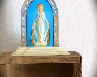 Vintage 1960's VIRGIN MARY Rare Plastic Statue -  Hong Kong Made- Perfect for your collection- Very good vintage condition