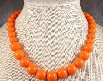 Statement Necklace, Orange, Chunky, Graduated Necklace, Acrylic, Big Bead Necklace, Orange Beaded Necklace, Gumball Necklace, Bold Necklace