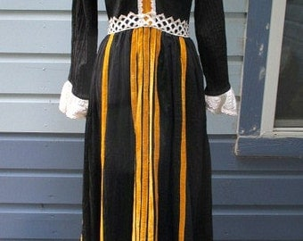 Designer Mexican Dress Crepe Black Small 70's Mexican Wedding Dress Georgia Charuhas Renaissance