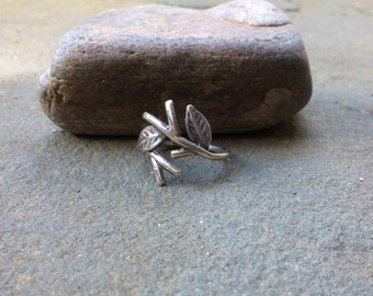 Sterling silver jewelry,  Twig ring with leaves