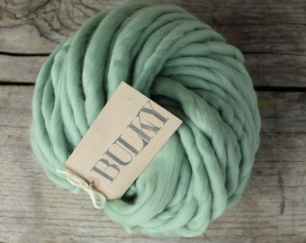 """BULKY Handspun Yarn - 7 oz / 200 gr - Merino Superfine 16 micron - Baby Blanket Yarn - Bulky Yarn - """"MARIE ANTOINETTE"""""""