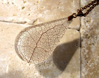 Skeleton Leaf of Salal Teardrop Necklace, Leaf Jewelry, Plant Jewellery, rustic, woodland, nature, Antique copper