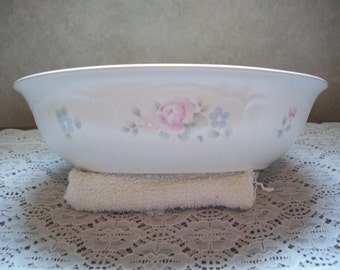 Pfaltzgraff - Tea Rose Pattern - Serving Bowl