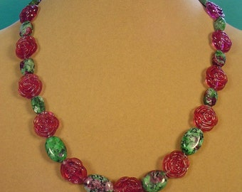 """Pretty 19"""" Ruby in Zozite and Violet Roses necklace - N431"""