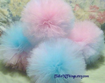 Gender Reveal Hanging Party Decorations, Gender Reveal Tulle Pom Poms, Twins Baby Shower Decoration, Twins Birthday Decor