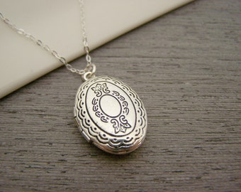 Silver Photo Locket Charm Sterling Silver Necklace / Gift for Her  / Locket Necklace
