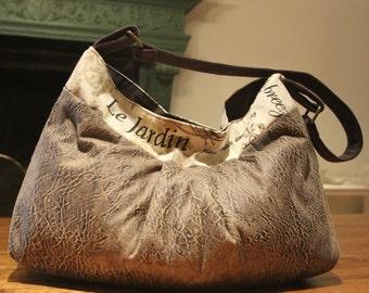 LeJardin Pouch Bag