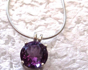 Amethyst Pendant/Necklace, 11mm Round, Natural, Set in Sterling Silver   P543