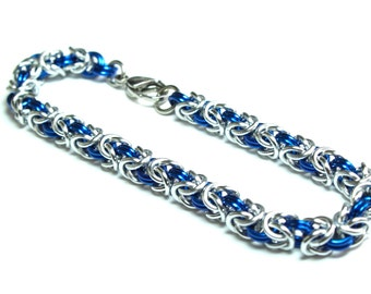 Byzantine Chainmaille Bracelet | Hand Crafted Chainmaille Jewelry | Handmade Bracelet | Blue and Silver | Anodized Aluminum