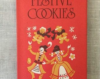 Festive Cookies, Vintage Cookie Cookbook, Compiled by Edna Beilenson, Peter Pauper Press 1985