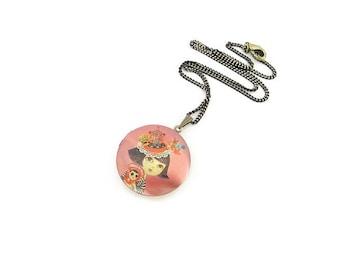 Photo Locket Necklace/ Vintage Look Locket Necklace/ Artistic Necklace/ Gold Locket Necklace/ Teen Jewelry/ Bronze Locket Necklace