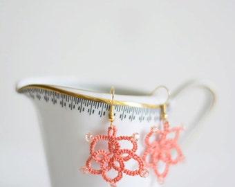 Earing tatting lace salmon frivolité flower