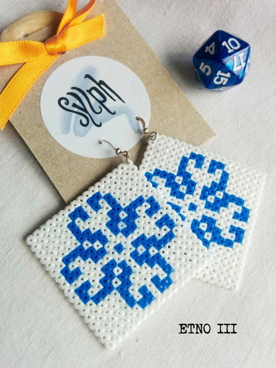Earrings made of Hama Mini Beads - Etno III