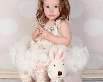 IVORY, cream, Girls lace leggings, tights, toddler leggings, lace leggings, leggings, leg warmers, pettiskirt, tutu, petticoat,  girls dress