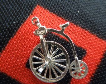 Nuvo Sterling Penny Farthing Charm Nuvo Movable Penny Farthing Big Wheel Bike Bicycle Silver Charm for Bracelet from Charmhuntress 01930
