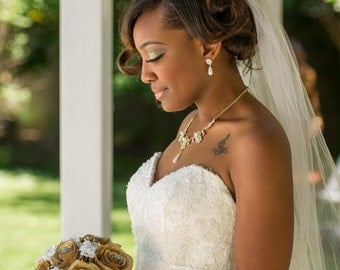 Gold wedding necklace set with pearls and crystals bridal jewelry set statement necklace and earrings - S0132G