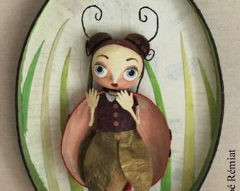 "Oval frame ""Mademoiselle"""