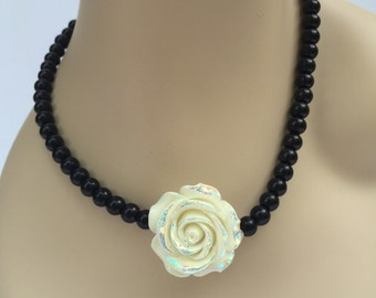 Ivory and Black Bridesmaid Wedding Necklace, Ivory and Black Wedding Jewelry, Cream Rose Flower Necklace, Black Beaded Necklace Jewelry