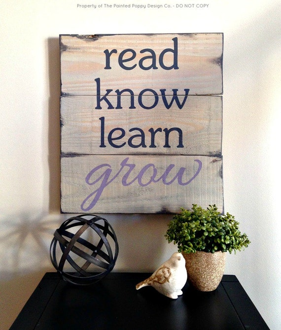 Learning Read Read.know.learn.grow Hand