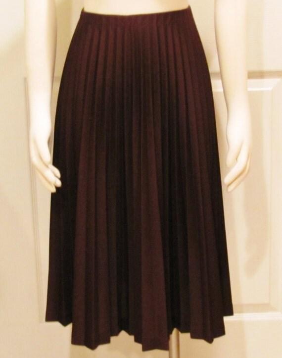 brown skirt vintage skirt pleated skirt by debsclosettreasures
