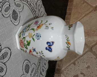 """Aynsley """"Cottage Garden"""" Collector's six sided Hexaganol Vase - MINT"""