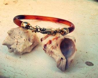 Vintage bangle-vintage bracelet-vintage-70s party-70s jewelry-boho vintage-boho-vintage lucite bangle