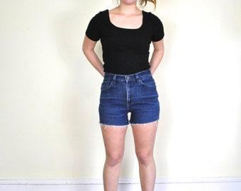 Vtg High Waisted LEE Stretch Denim Shorts 28 / 90s Dark Blue Jean Cutoffs