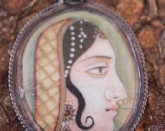 ANTIQUE HINDI  Maharani/  painting on IVORY pendant,over 100 yrs old! Gorgeous!