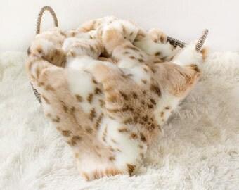 Large Snow Leopard Faux Fur Photo Prop, Newborn Photo Prop,Faux Leopard Fur Photo Prop, Baby Photo Prop. Layering Blanket.