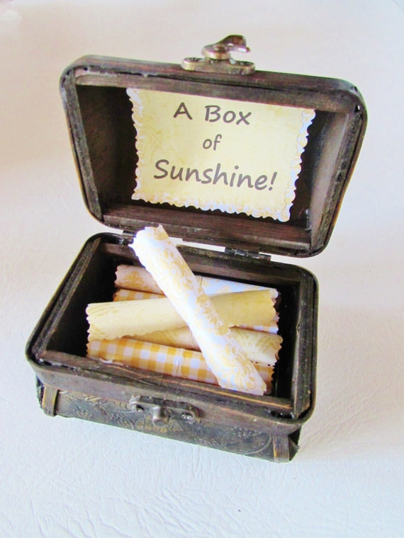 Teacher Gift, Teacher Appreciation, End of Year Teacher Gift, A Box of Sunshine, Inspirational Quotes in Wood Box, Personalized, Unique