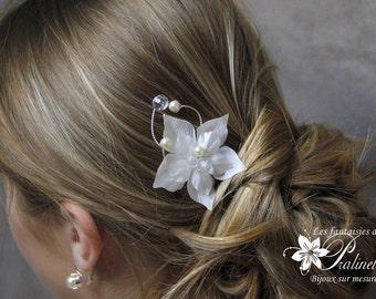 Peigne mariage cheveux fleurs de soie et trio de branches en perles de cristal - Bridal silk flowers haircomb