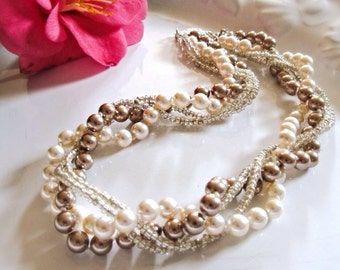 Chunky pearl necklace Elegant bridal accessory Braided pearl necklace Wedding pearl jewelry Rustic wedding Chunky necklace Bridesmaid Gift
