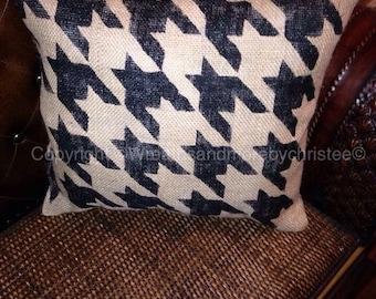 Houndstooth burlap pillow 16x16