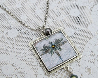 Dragonfly Pendant, Dragonfly Necklace, Blue Dragonfly, Dragonfly Jewelry, Nature Necklace, Pewter Pendant w Dragonfly Image, Insect Pendant