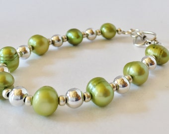 Green Pearl Bracelet Green Bracelet Green Jewelry Freshwater Pearl Gift For Her Moss Green Handmade Jewelry Apple Green Genuine Pearls