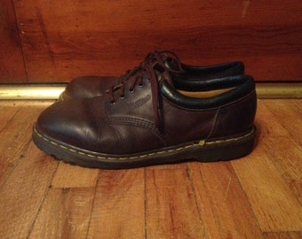 Vintage 1990s Mens DOC MARTENS Dark Brown Leather SHOES Size 11.5 12 Brogues Oxfords Chunky