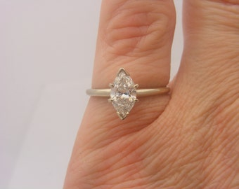 1.01 C.T.W Ladies Marquise Cut Certified Diamond Solitaire Ring 14K Gold