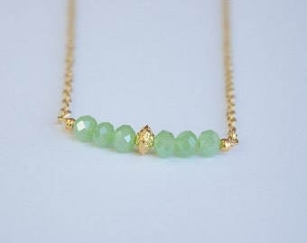 Dainty gold necklace with green beads, Gold chain, simple necklace, gold necklace dainty, gold necklace chain