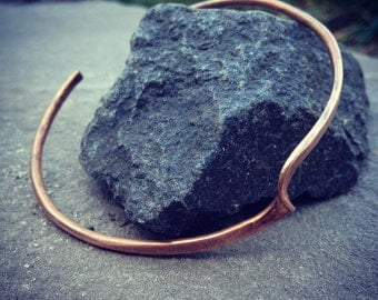 Simple swirl Copper Bracelet