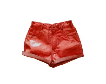 RED LEATHER SHORTS / genuine leather / real leather / high waist / cherry red shorts / leather shorts / lined